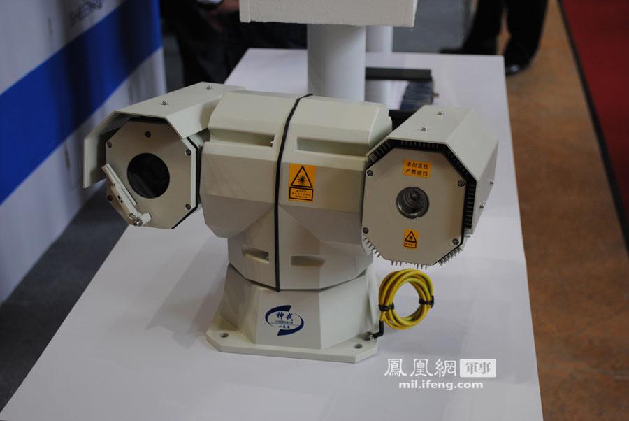 中国第四代车载热像仪亮相 最远夜视距离达8千米