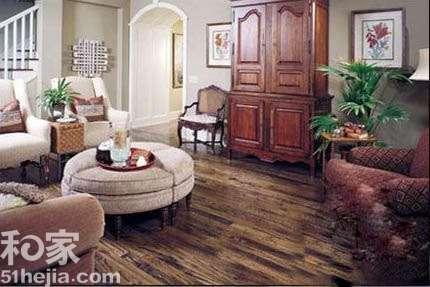 欧式沙发配地板颜色