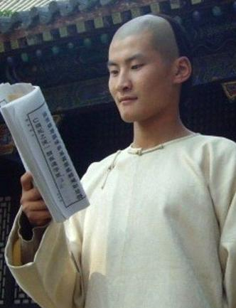 中国梦之声孙浩资料背景微博揭秘 欢快男生遭