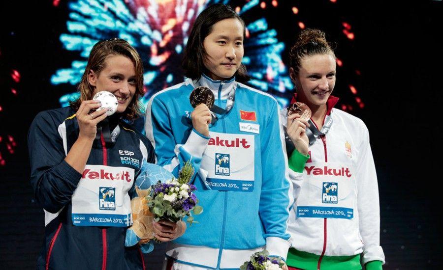 北京时间8月2日,2013年巴塞罗那世界游泳锦标赛进入到游泳项目第5个比赛日的争夺。在女子200米蝶泳决赛中,世界纪录保持者刘子歌以2分04秒59的成绩摘得金牌,职业生涯第一次获得世锦赛冠军,也是奥运会夺金之后,第一次获得世界级大赛的冠军。另一位中国选手、卫冕冠军焦刘洋以2分06秒65的成绩获得第6。这也是中国游泳队在本届世锦赛上的第3枚金牌。
