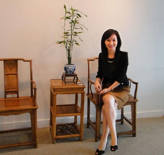 前央视女主播雅雯转型 央企任企划部 重庆