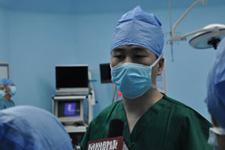 海总医院神经外科主任张剑宁的一天