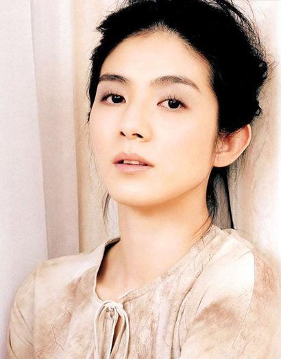 杨采妮周六新加坡大婚 许茹芸又当伴娘