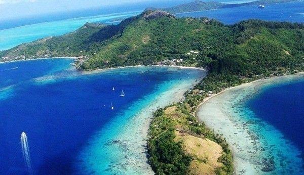 8亿元),包下马尔代夫三个小岛的五星级度假村近一个月.