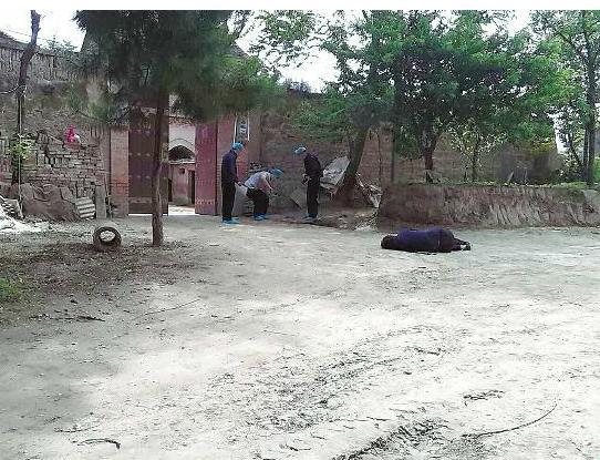 高清图—彬县香庙镇奇埠村今日凌晨发生杀人案 六人死亡