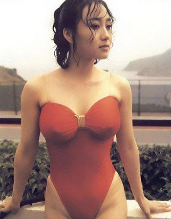 李连杰美艳娇妻 连体泳衣难掩好身材 - 雷石梦 - 雷石梦(观新闻)