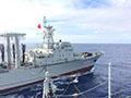 中国4万吨级巨舰遭官媒曝光 助航母远航