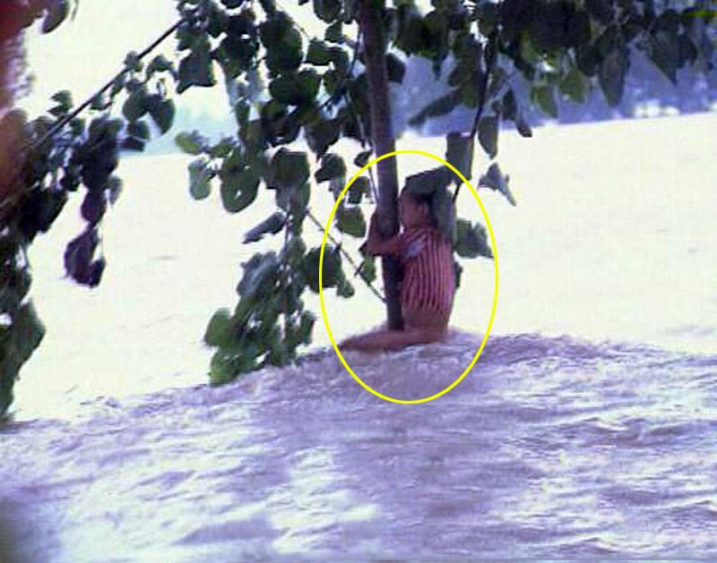 98年洪灾中抱树获救7岁女孩成为铁警 中国学网