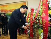 刘云山前往朝鲜驻华使馆出席纪念活动 释放一信号