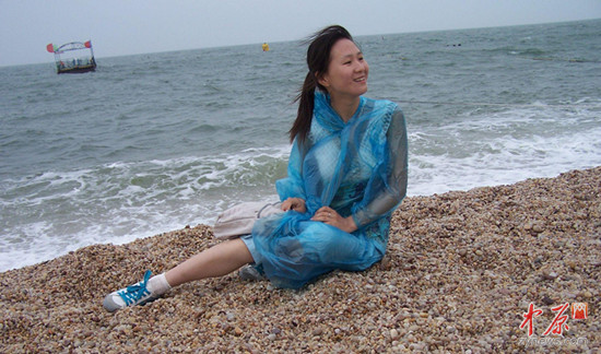 郑州年轻女教师照顾脑瘫学生6年(图)
