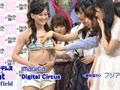 日本女团成员上电视被众人摸胸 以证好身材