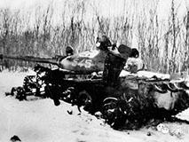解放军一夜炸瘫苏军T62坦克