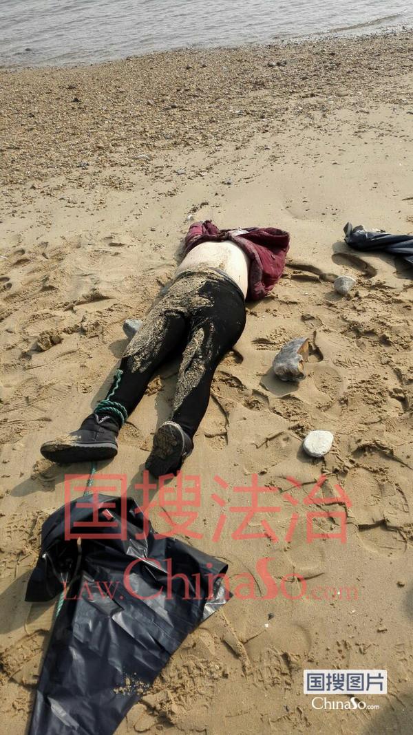 大连:浴场附近发现一具女尸 口中有白沫死因不明(图)