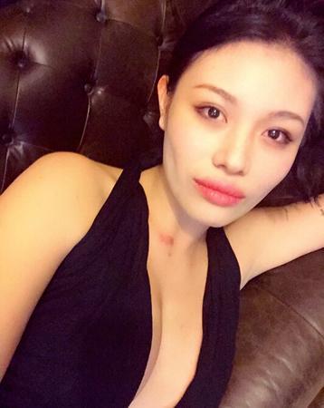娱乐资讯网站_赵薇林心如罕见私密照重见天日_娱乐新闻网_