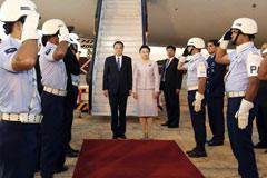 中国总理来了 巴西红毯相迎