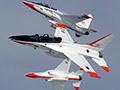 菲荡尽家财买12架战机 专家:中国正缺靶机