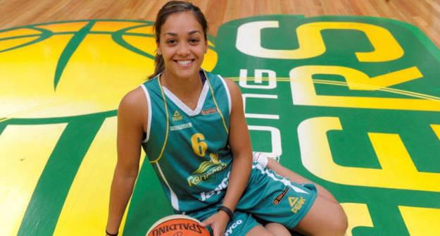 盘点WNBA最性感的球员 女篮更衣室比试衣间