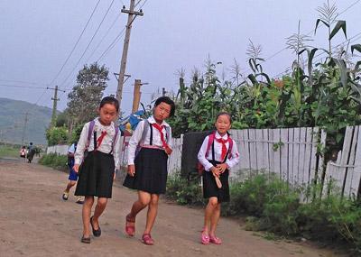 与平壤截然不同的朝鲜乡村