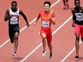 中国队百米接力创造历史 实拍冲刺瞬间
