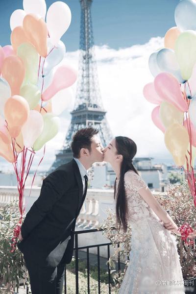 教主与夫人婚纱照终于出来了!巴黎铁塔前甜蜜热吻