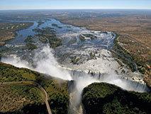 非洲腹地的动物天堂