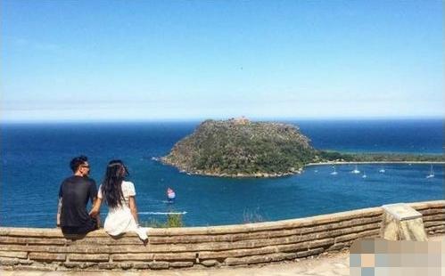 [明星爆料]王阳明抵达澳洲婚礼举办地 与女友拍唯美结婚照(图)