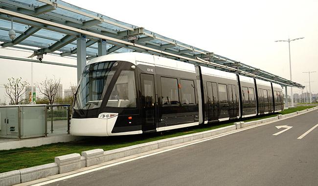 河西100%低地板现代有轨电车
