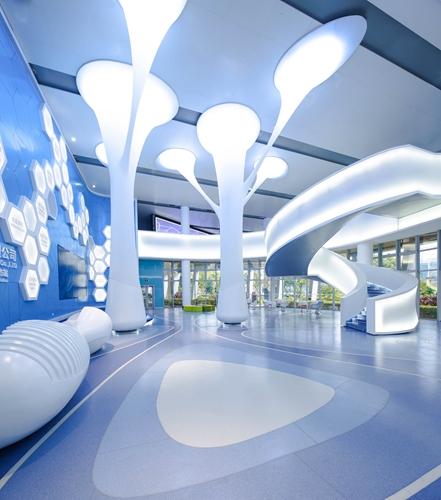 覃思:赛莱拉干细胞生物科技办公空间