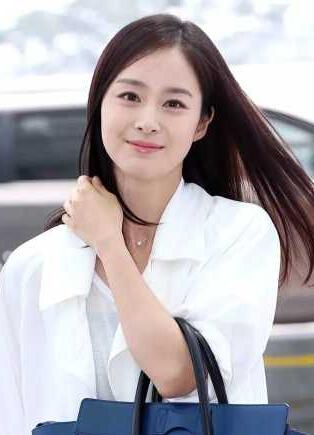 [明星爆料]人美钱多会捞金!金泰熙登上韩娱乐圈富二代榜