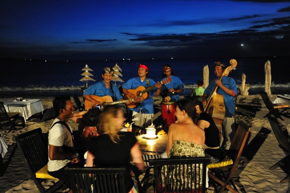 巴厘岛:满足世俗之欲与浪漫渴望的传奇之地