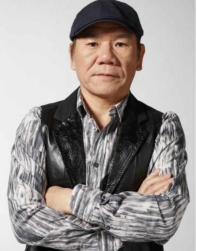 [明星爆料]赵传遭遇车祸 带伤录制《我是歌手》(图)
