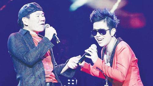 [明星爆料]潘美辰马来西亚献开年首秀 与赵传牵手唱情歌