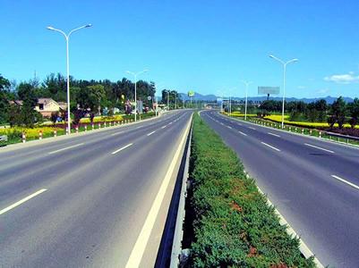 今年南昌拟投3.4亿元建10个公路项目