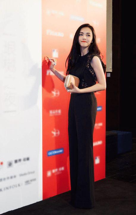 [明星爆料]姚晨获年度中国文化使者 重逢吴秀波被赞般配CP