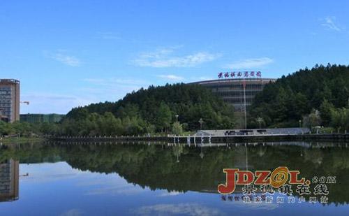 景德镇陶瓷学院正式更名为景德镇陶瓷大学