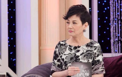 [明星爆料]吴奇隆刘诗诗大婚将近 恩师张小燕自备6套礼服