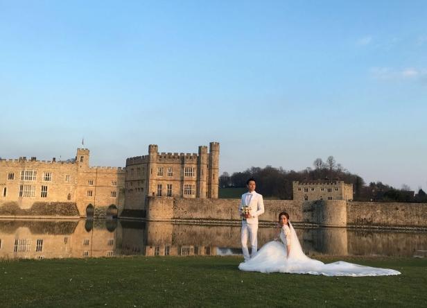 [明星爆料]杨怡罗仲谦英国注册结婚 古堡婚礼16万