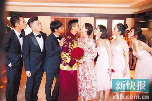 [明星爆料]吴奇隆刘诗诗大婚礼成 小虎队同台唱《爱》
