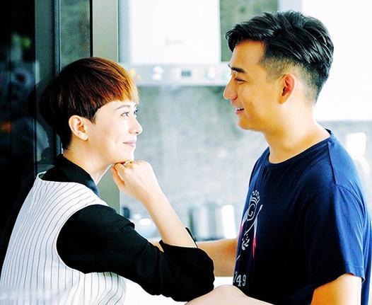 """[明星爆料]原来你是这样的海清!和老师黄磊""""床戏""""互掐"""