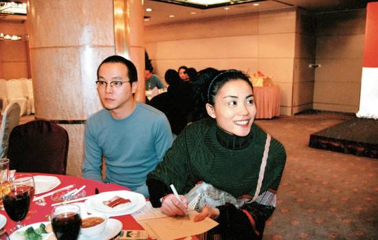 """[明星爆料]王菲前夫变这样!北京街头被捕获""""活得像仙""""(图)"""