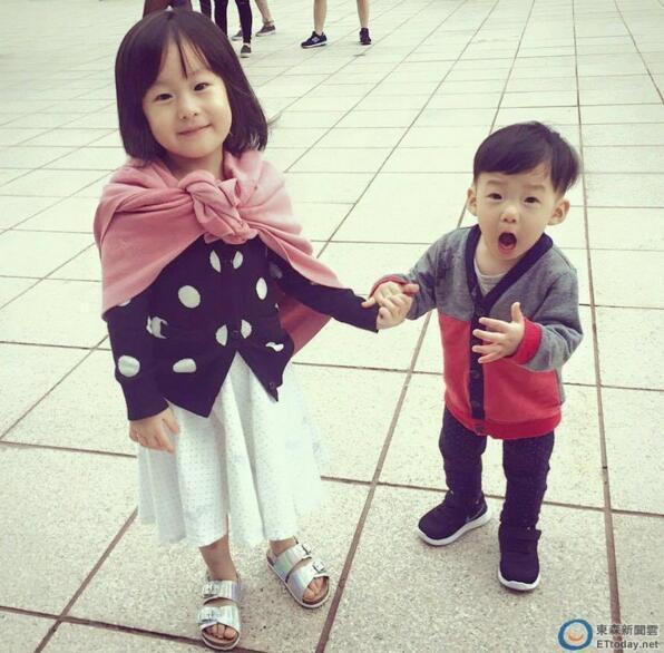 [有看点]范玮琪的儿子才1岁就会撩妹,被发现还会装傻卖萌呢