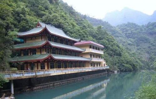 柳州风景区哪里好玩_柳州风景介绍
