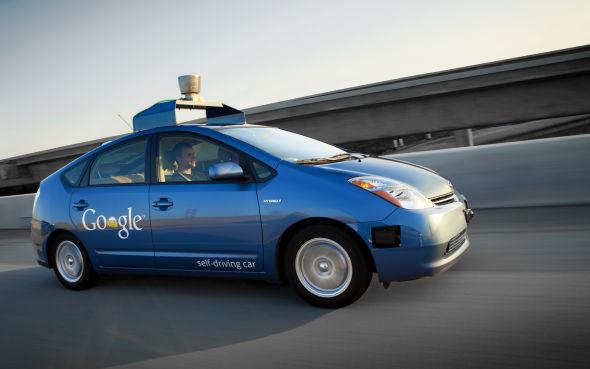 谷歌无人驾驶汽车获重大突破:已能自动处理街区路况 |谷歌|自驾驶汽车_凤凰科技