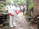 风暴眼 疾控中心专家谈雅安震后是否存H7N9传播风险
