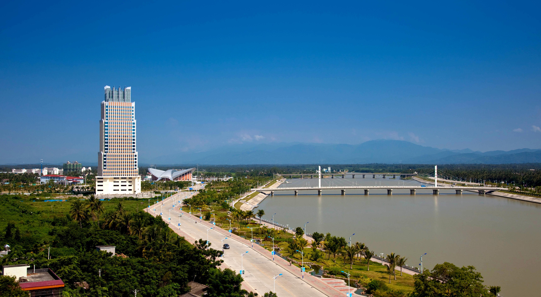 无论从区位资源,政策规划各个方面,陵水正渐渐成为海南旅游地产的支柱