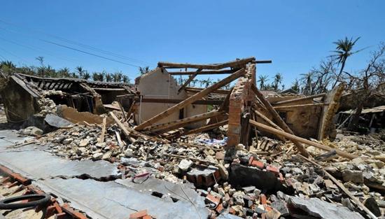 """超强台风""""威马逊""""造成海南经济损失惨重.-2014年海南十大天气气"""