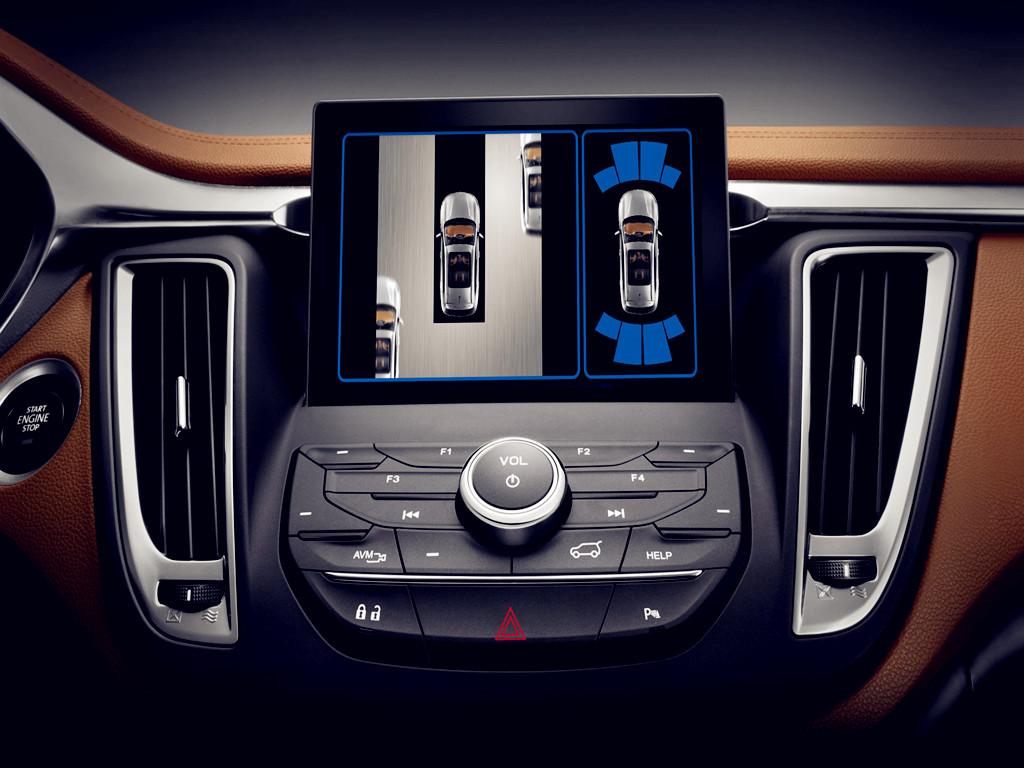 完美体验,东南DX7引领智能风潮; 东南DX7秉持着对车主的负责任态度,在配置方面严苛以待,追求卓越,超越自我。而其中,其智能化的高端配置更是引领了SUV新的智能风潮。以下就将着重介绍东南DX7的智能辅助功能。 1.车载WIFI系统,一键导航,车联网; SEMI-与车联网的配备让东南DX7更加智能化,在同级别SUV中独树一帜。此外,车主们较为关心的车载WIFI这一配置,东南DX7同样具备,加上一键导航等功能,给予车主极为便利的体验。