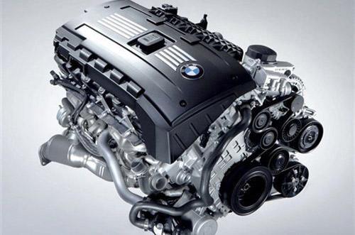而宝马valvetronic发动机在踩油门时信号直接传递给发动机进排气阀门图片