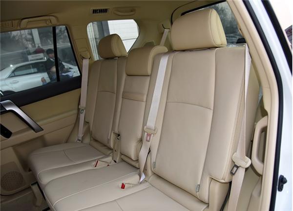 2015款丰田霸道中东2700普拉多北京价格