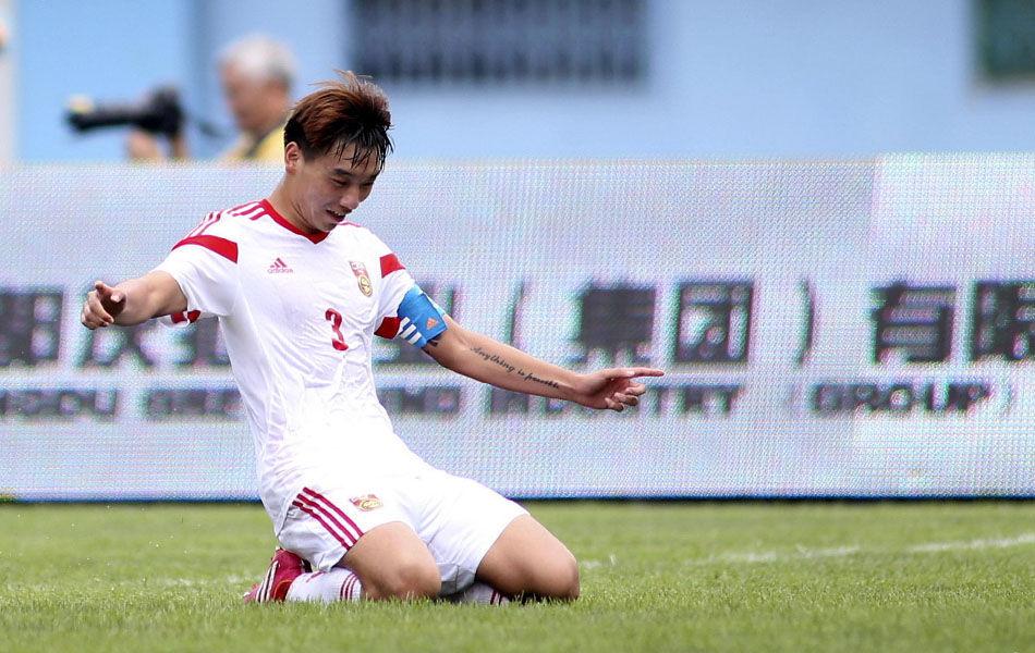 最终,凭借恒大后卫刘海东打进的一粒点球,中国u19国青队以1-0战胜